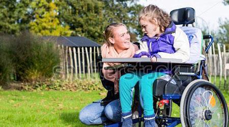 Pasii necesari pentru a deveni asistentul personal al unei persoane cu handicap